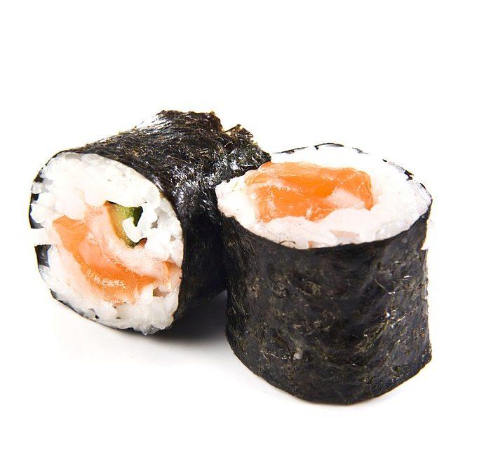 Sushi met verse zalm